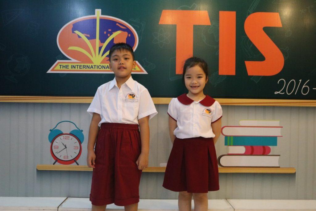 Đồng phục TIS – thoải mái và năng động 3